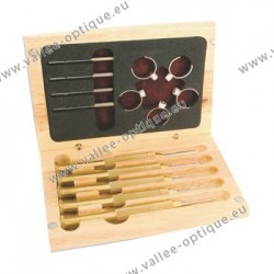 Set of screwdrivers, nut wrenches and screwing rings